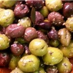 OLIVES MIX MARINATED/kg